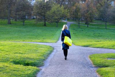 Jak wybrać psychoterapeutę - artykuł Ewelina Łoboz